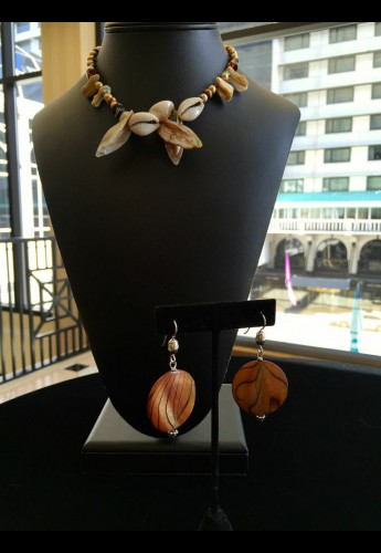 Mother Cowrie Necklace